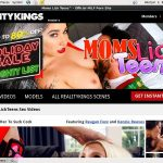 Teens Lick Moms Membership Trial